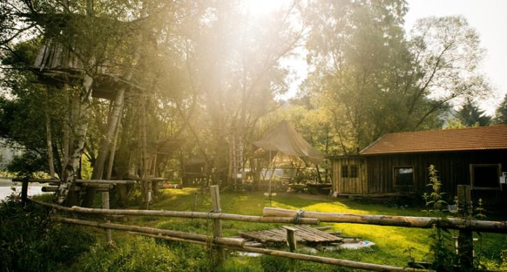 camping angebot damit das abenteuer niemals endet camping angebote campoola wir lieben. Black Bedroom Furniture Sets. Home Design Ideas
